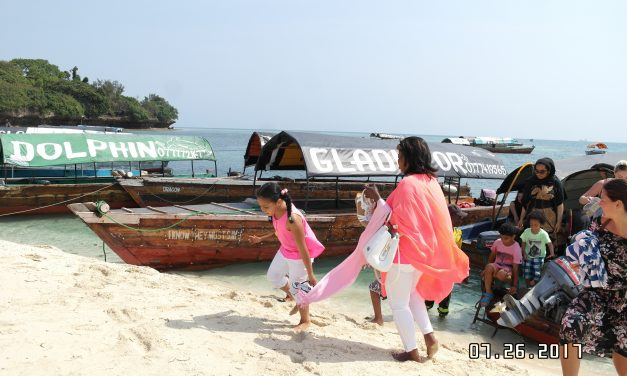 5 Day Snorkeling, Cycling and Safari Blue in Zanzibar